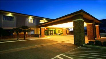ontario-hotel-01-500x28155015f1fc260f
